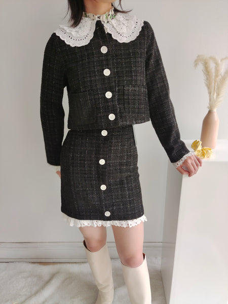 Tweed jacket with lace collar
