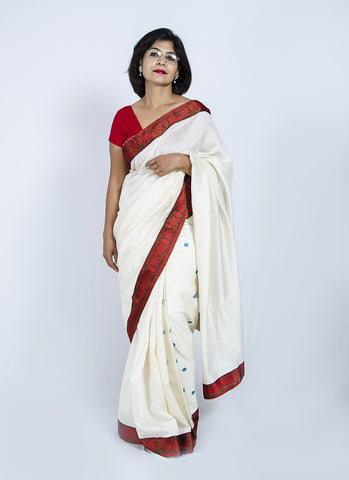 Assamese woven borders and Eri pleats