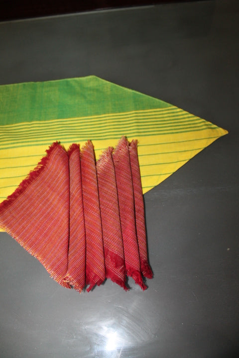 Handloom Runner and napkin set