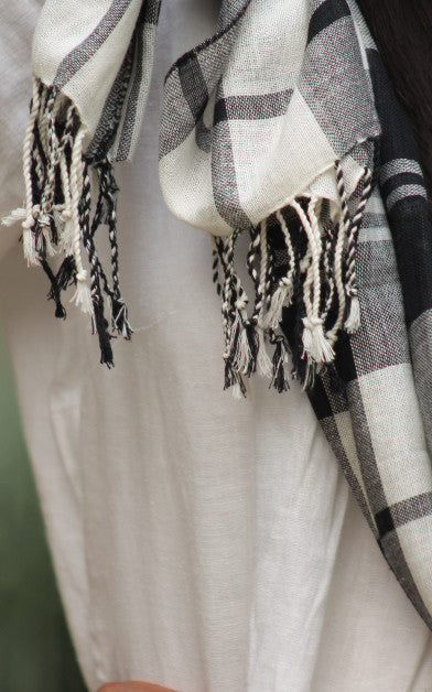 Cotton checked stole