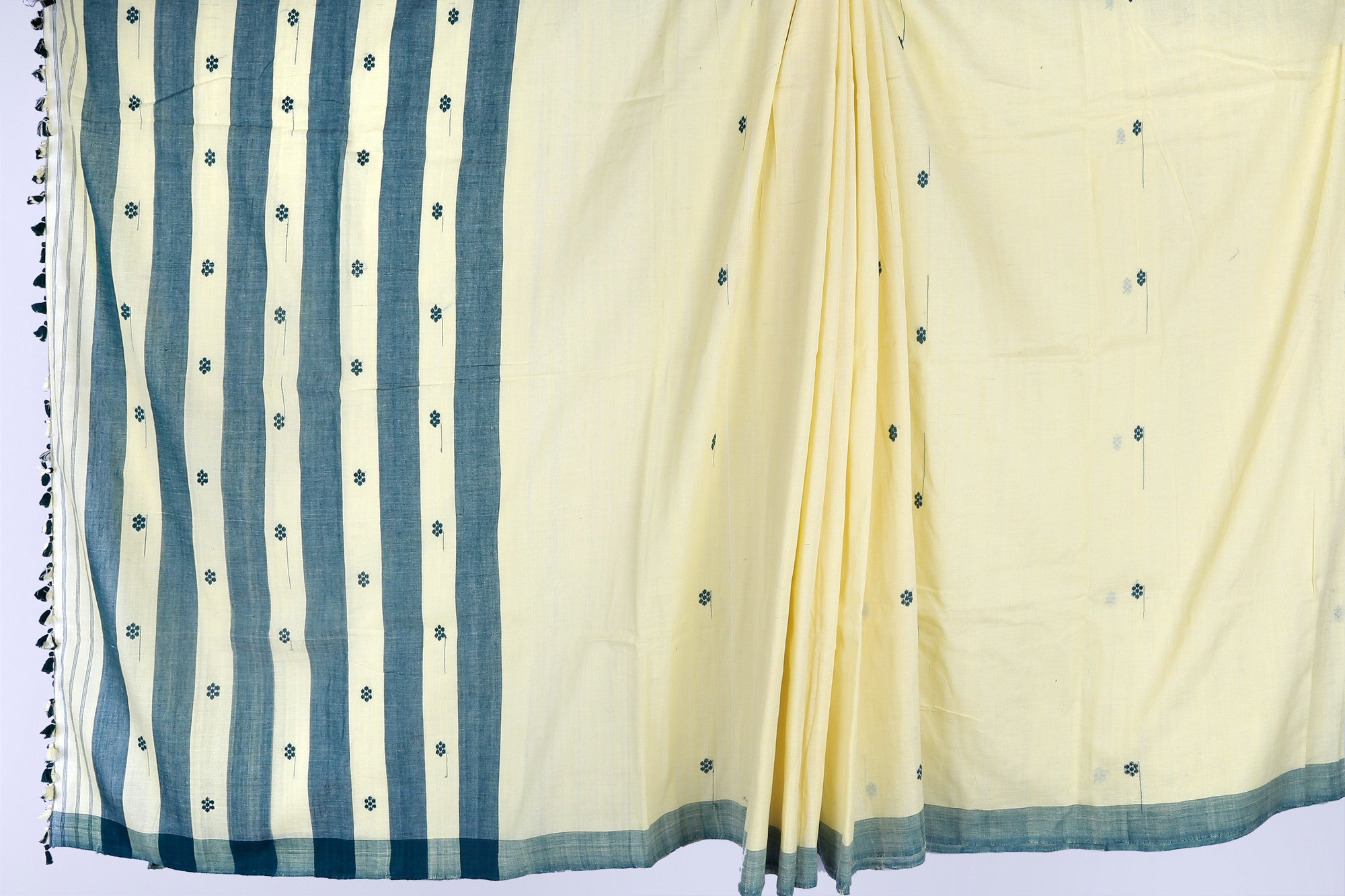Creme and green cotton saree