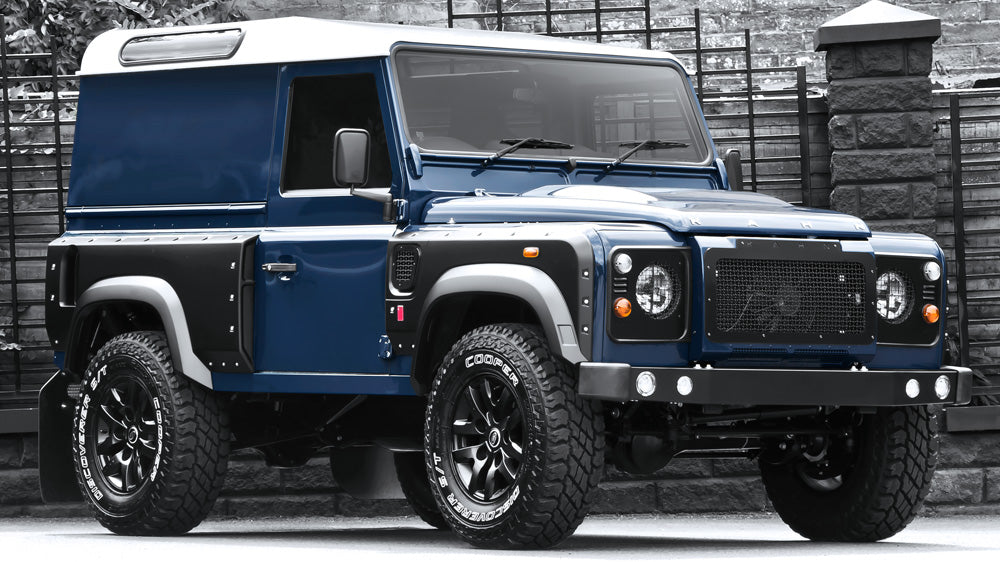 Kahn Expedition Vehicles presents: The Land Rover Defender 2.2 TDCI 90 XSi – Chelsea Wide Track