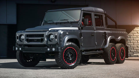 Chelsea Truck Company Flying Huntsman 6X6 Is a Modern Icon