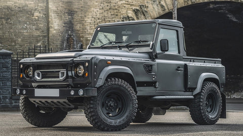 Land Rover Defender 90 Flying Huntsman 105 Long Nose