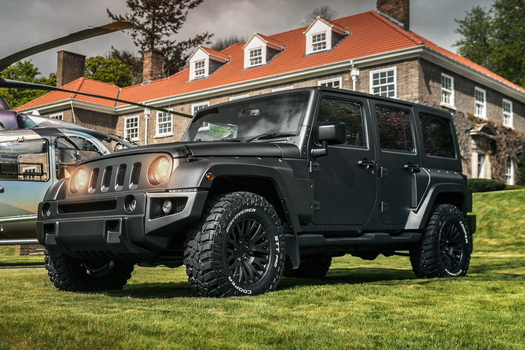 Jeep Wrangler Sahara 2.8 Diesel CJ300 Black Hawk Edition