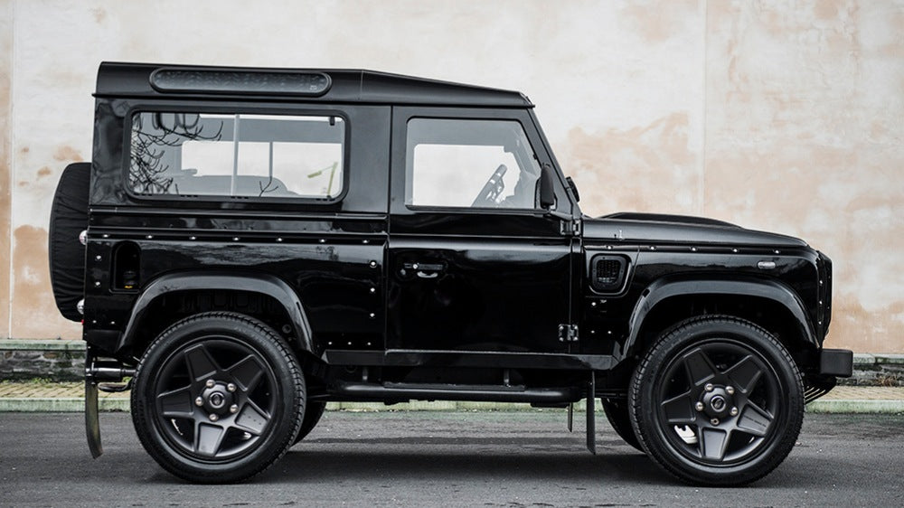 Land Rover Defender 2.2 TDCI XS 90 The End Edition