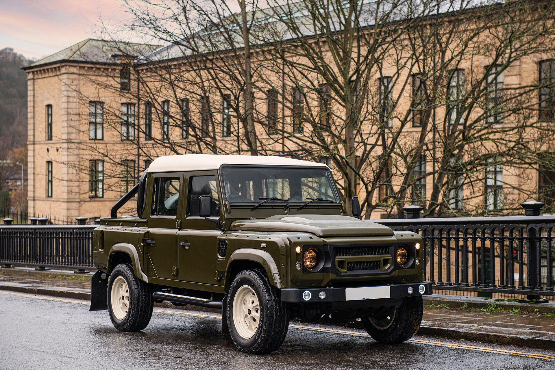 Land Rover Defender 110 Pickup with Rollbar