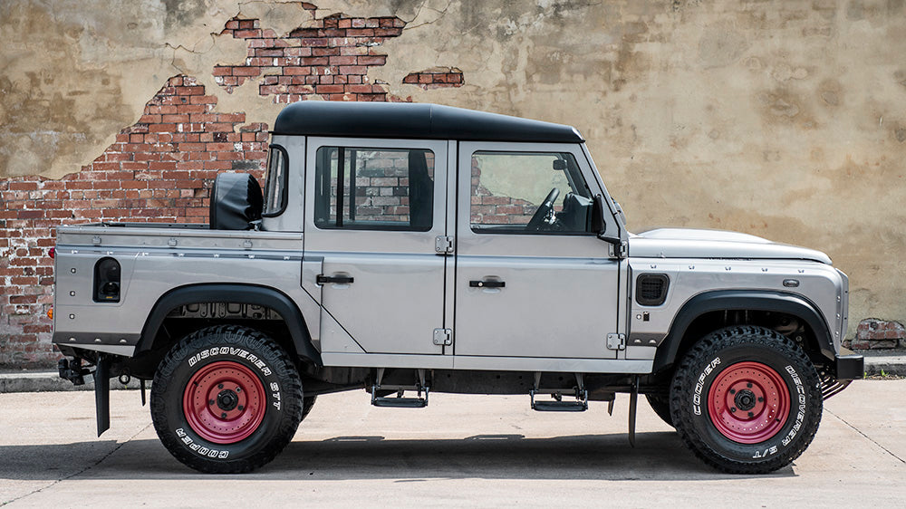View From The Press: Chelsea Truck Co. Land Rover Defender is Awesome