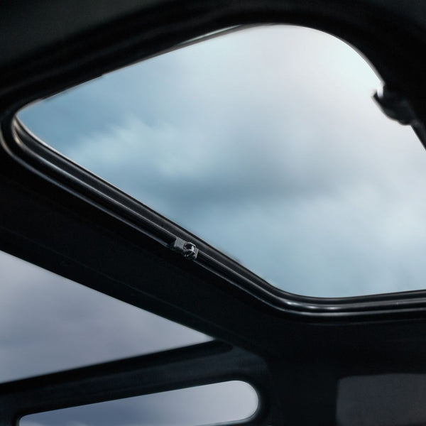 Land Rover Defender (1991-2016) Front Sun Roof Image 5195