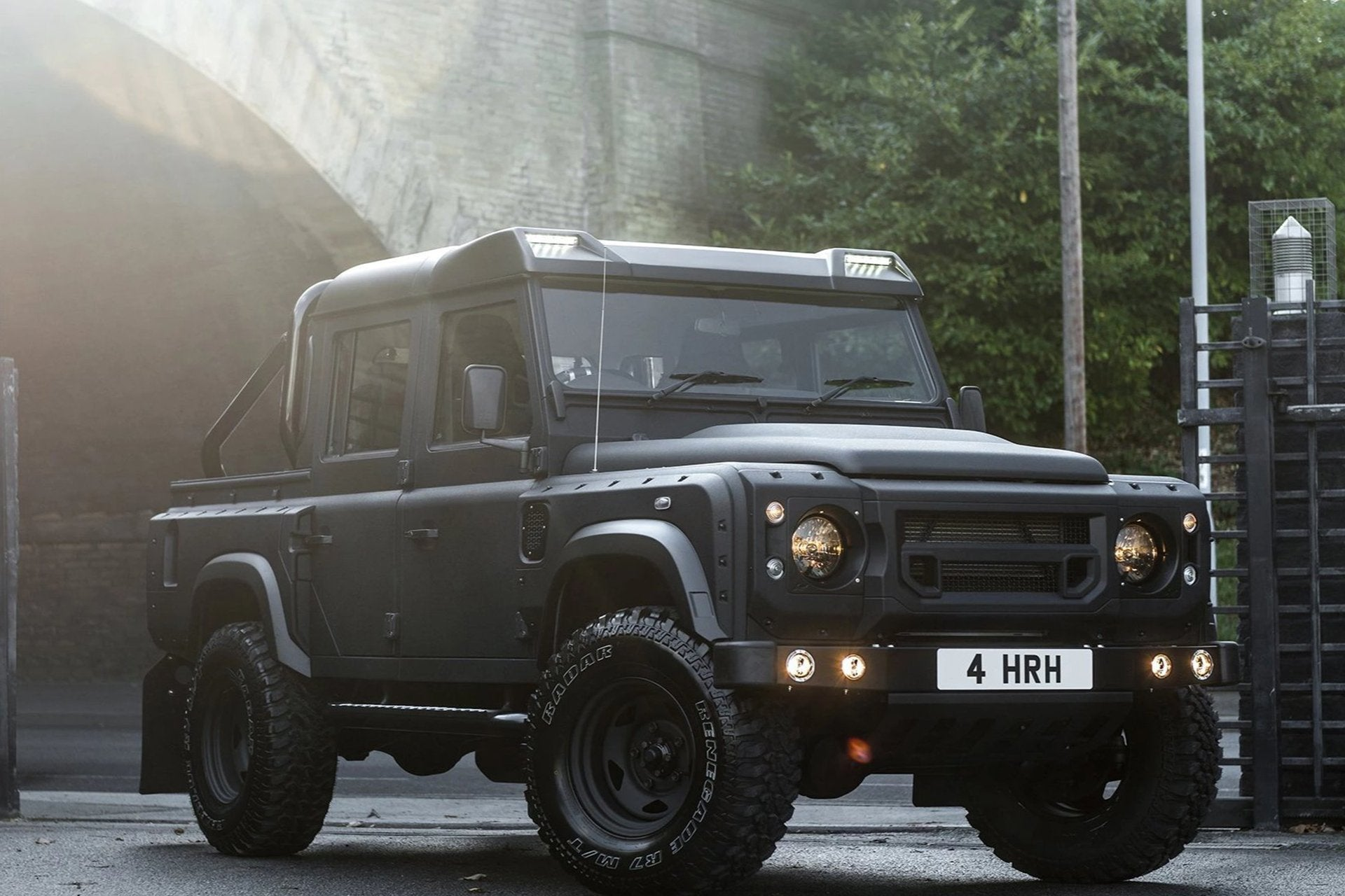 Land Rover Defender 110 (1991-2016) Front Roof Shield With Integrated Led Lights by Chelsea Truck Company - Image 2423