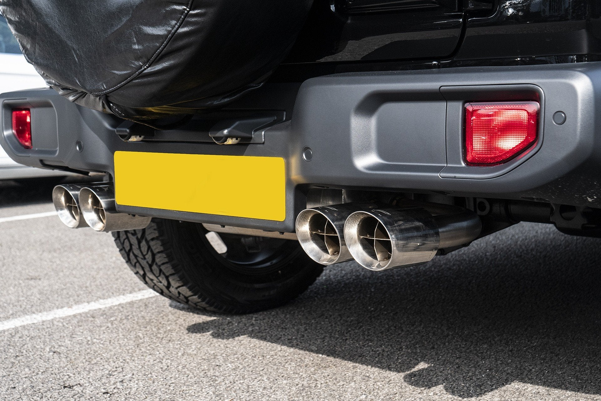 Jeep Wrangler Jl (2018-Present) 4 Door Quad Crosshair Exhaust System by Chelsea Truck Company - Image 2713