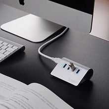 Load image into Gallery viewer, 4-Port USB 3.0 Unibody Aluminum Portable Data Hub