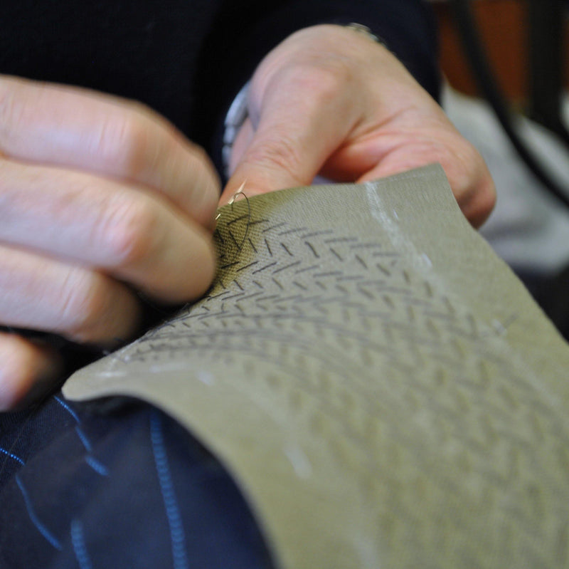 The hidden work that goes into a bespoke suit‪ - Livingston - Castle Douglas