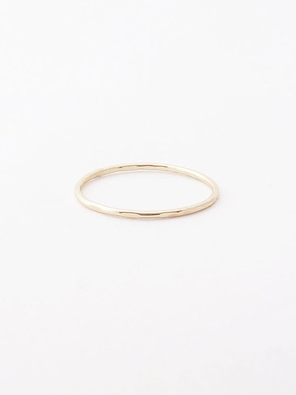 14k hammered thin band