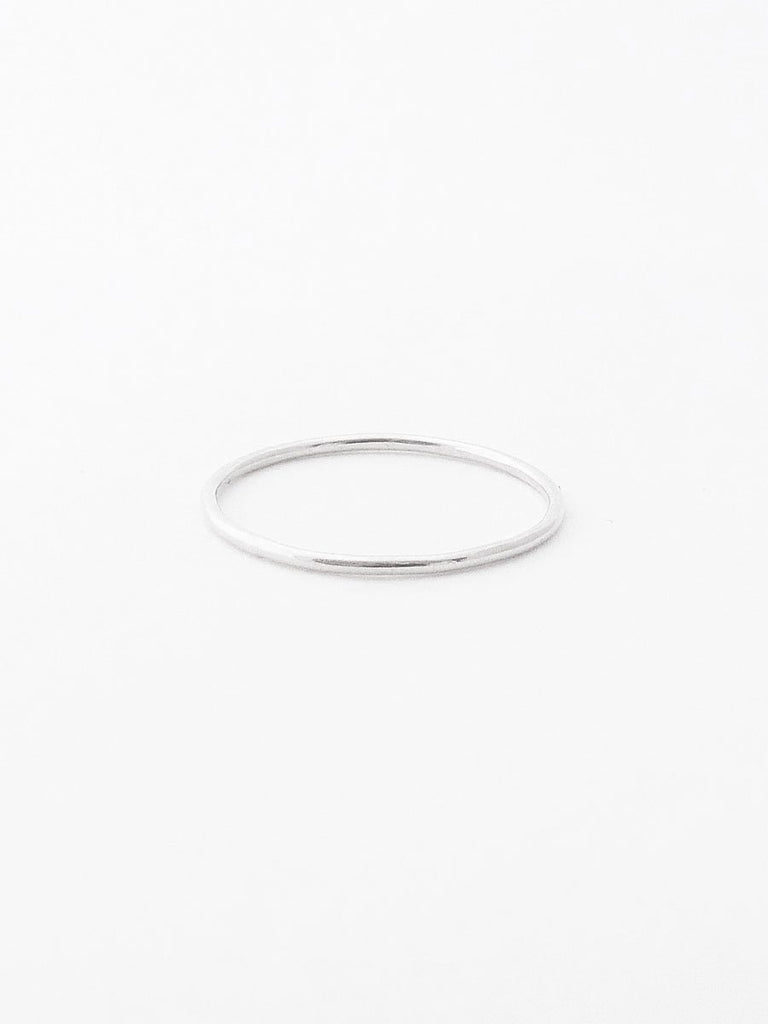 Sterling silver smooth thin band
