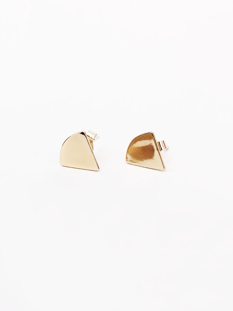 14k small triangle stud earrings