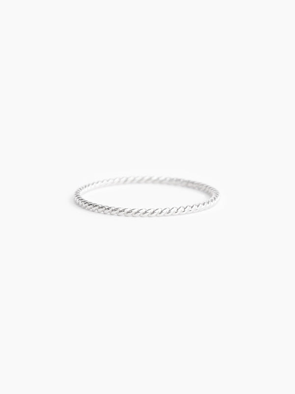 Sterling silver twisted wire band ring