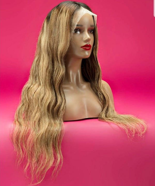 22 inch Front lace light brown two toned wig