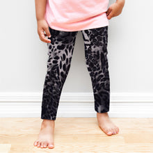 Load image into Gallery viewer, Leopard print girls leggings
