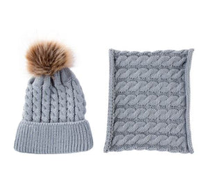 Toddler hat and infinity scarf set. Grey