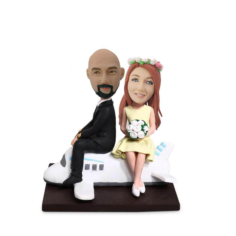 Couple on the Plane Customized Bobblehead