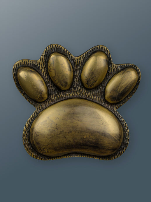Brass Dog/Cat PAW Door Knocker - Heritage Brass Finish - Shop unique door knocker, wreaths & Christmas gift cards online! Brass bee