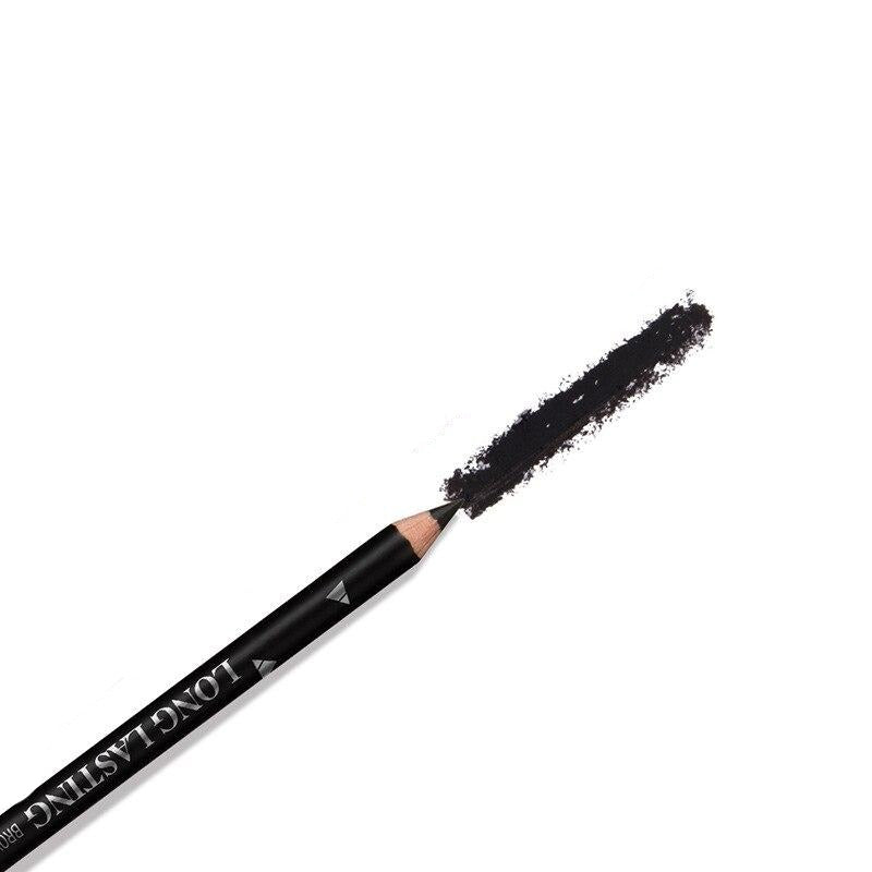 Maquillage crayon yeux noir