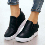 Retro Slip-On Stylish Boots