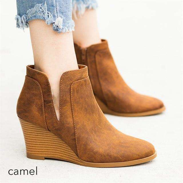 Thick Heeled Low Cut Boot