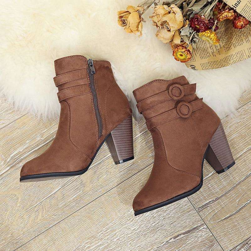 Autumn Boots With Classic Zipper Style