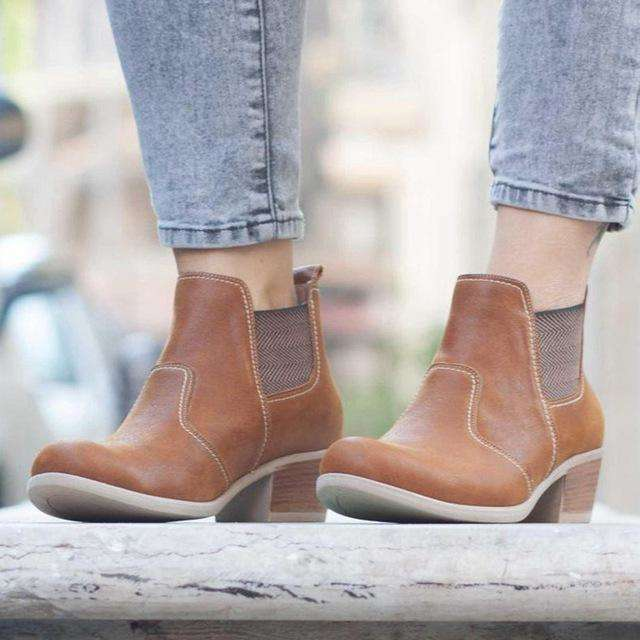 Round Toe Buckle Strap Woman Boots