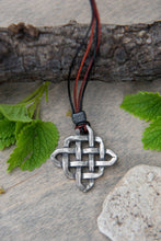 Load image into Gallery viewer, Medium- Celtic Knot
