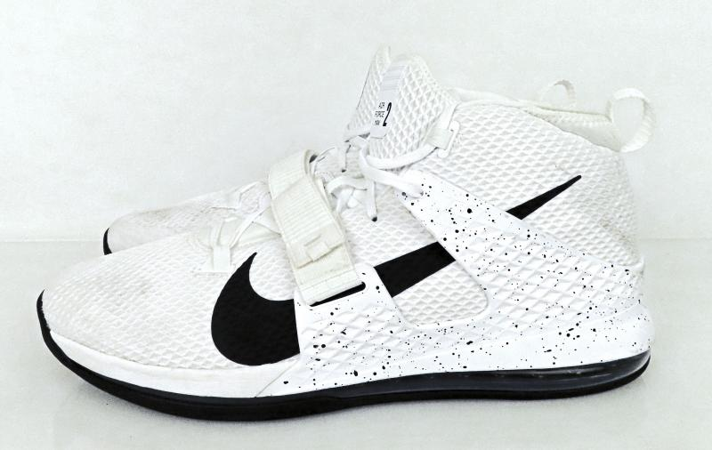arma superficial deberes  Nike Air Force Max 2 Black & White Speckled Basketball Shoes Men's Siz –  MSU Surplus Store