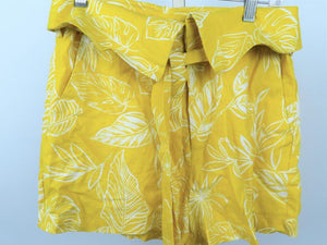 Forever 21 Yellow Shorts Women's Size M