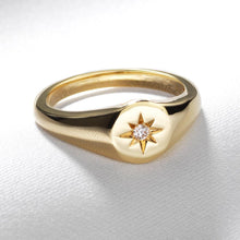 Load image into Gallery viewer, Star Signet Pinky Ring