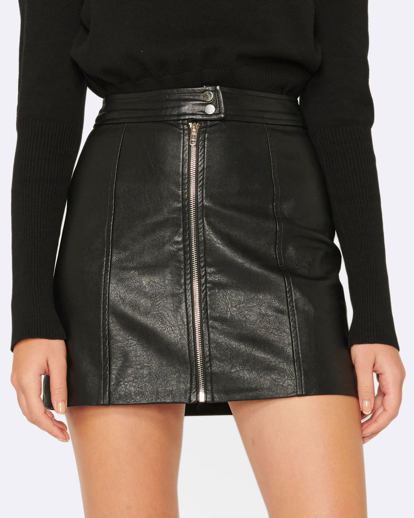 MEANT TO BE PU MINI SKIRT
