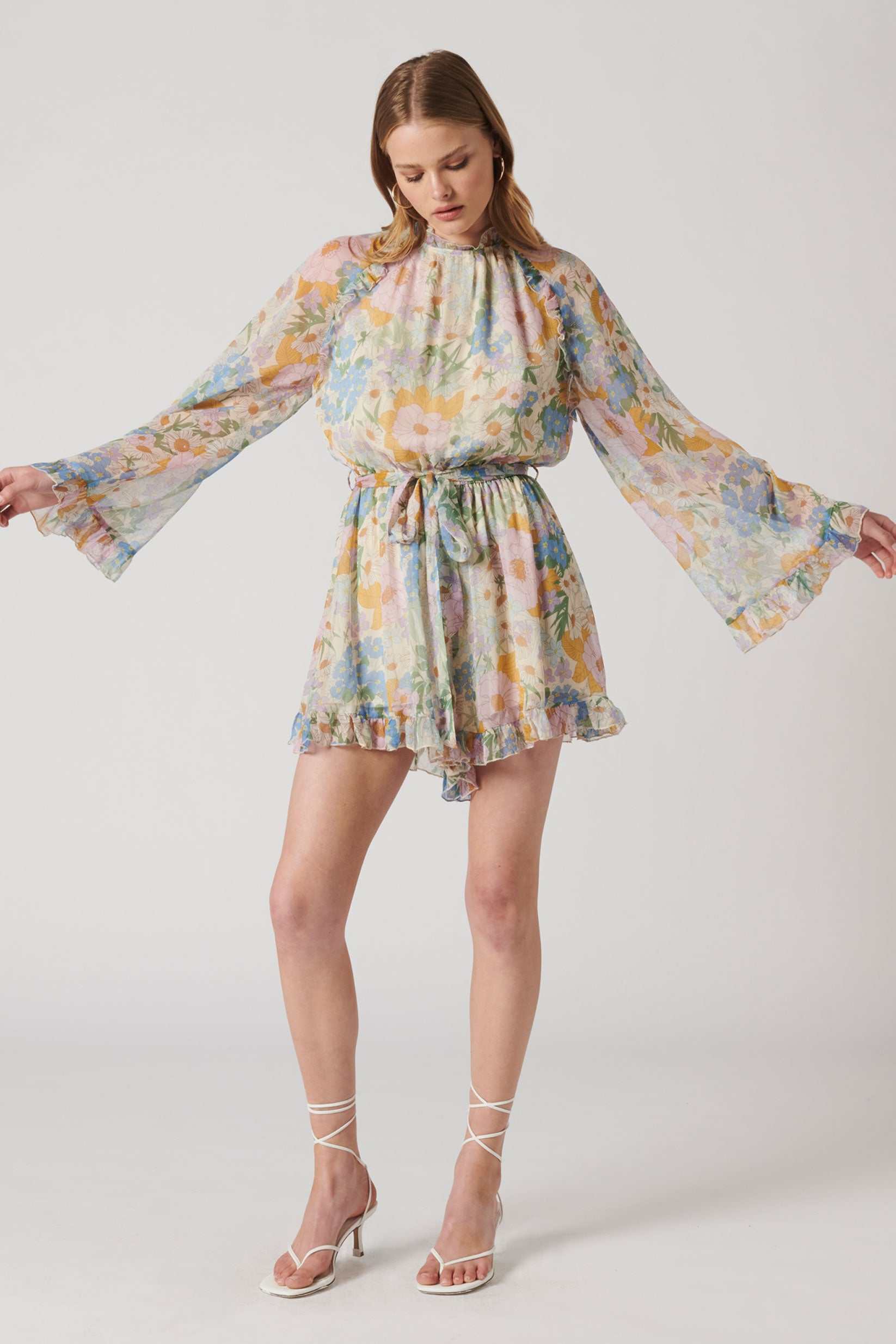 THE WINSOME PLAYSUIT