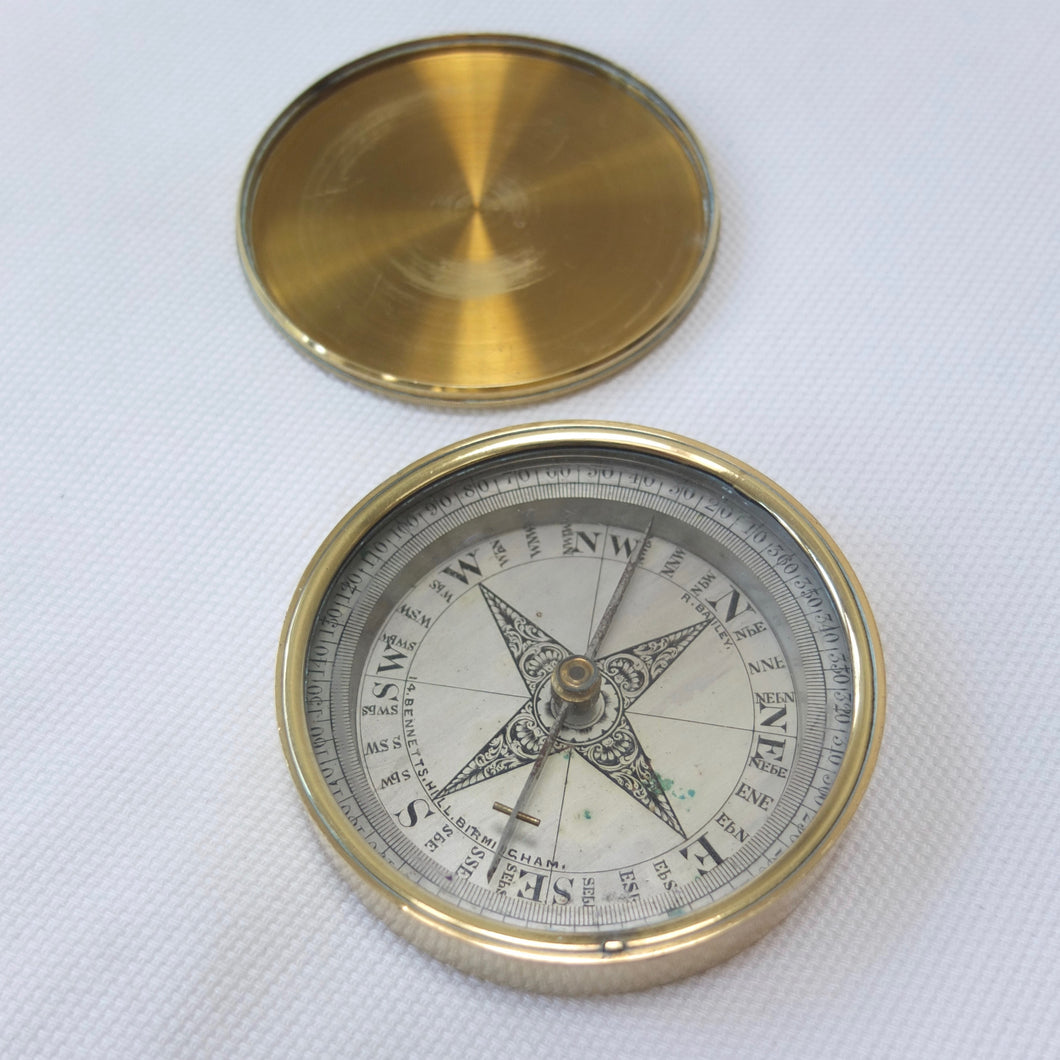 R. Bailey, Birmingham Pocket Compass | Dial