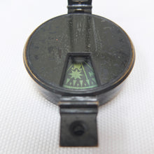 Singer's Patent Prismatic Pocket Compass | Compass Library
