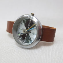 Vintage Wrist Compass | Compass Library