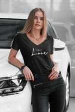 Laden Sie das Bild in den Galerie-Viewer, SELFLove - T-Shirt
