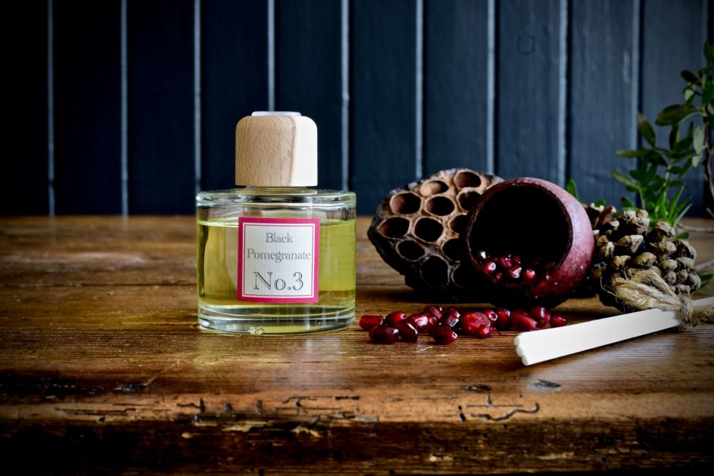 Love Scottish - Black Pomegranate Reed Diffuser 100ml