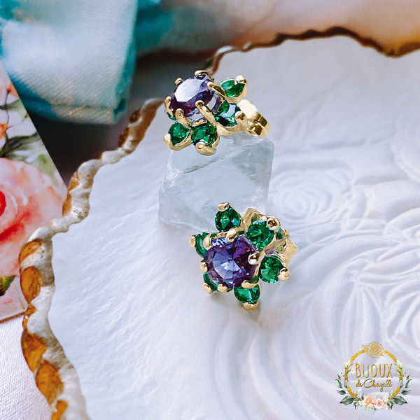 Colour change Alexandrite and Emeralds Flower Cluster stud earrings in 925 Silver or 9ct solid Yellow Gold - Bijoux de Chagall