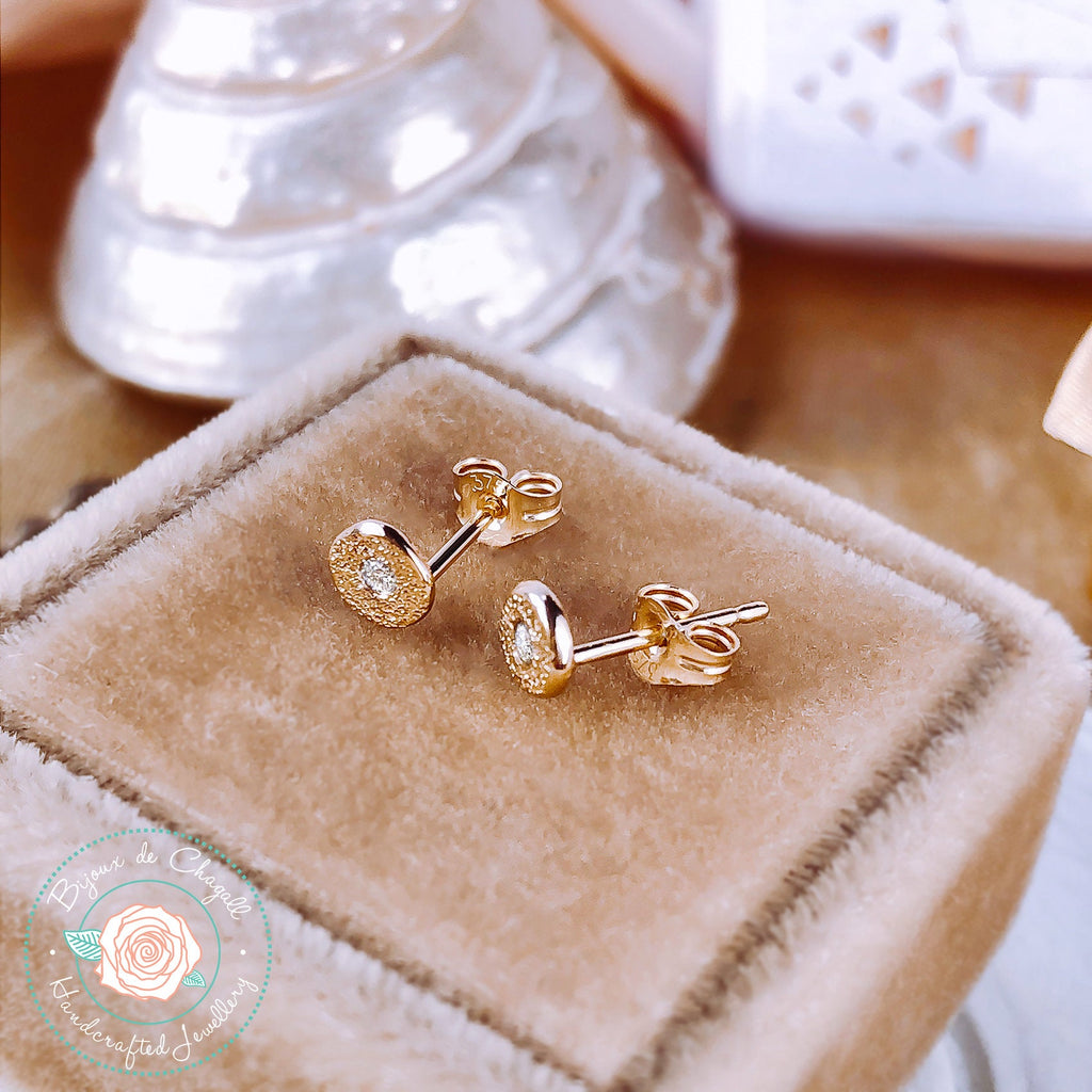 Natural Diamond Stardust style Stud Earrings in 9ct / 18ct solid Gold - Bijoux de Chagall