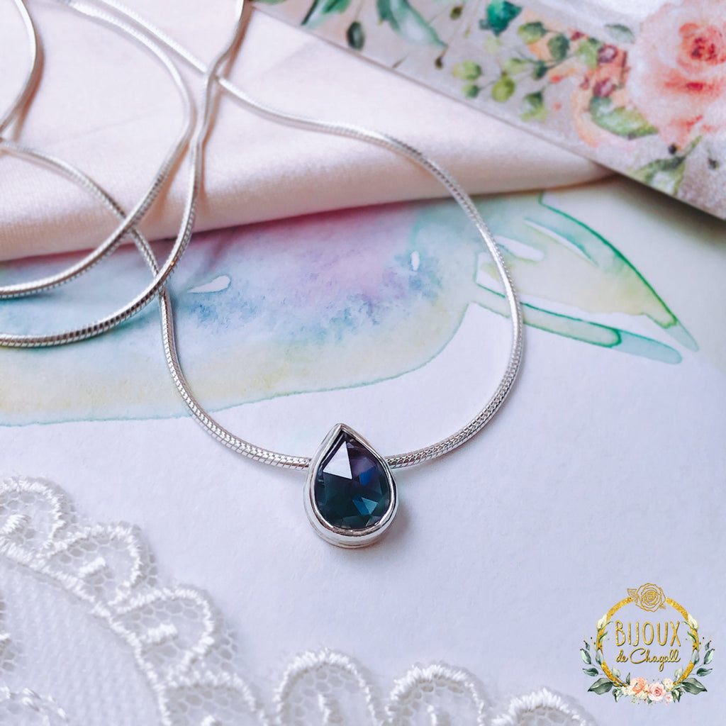 Rare Colour Change Pear Alexandrite Romantic Alexandrite Sliding Pendant Necklace in 925 Silver - Bijoux de Chagall