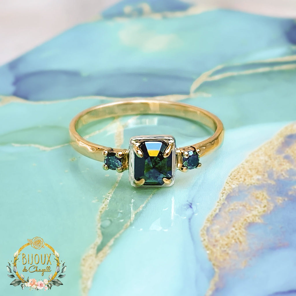 Natural Teal-Blue Diamonds Art Deco Style Engagement ring in 9ct or 18ct solid Gold - Bijoux de Chagall