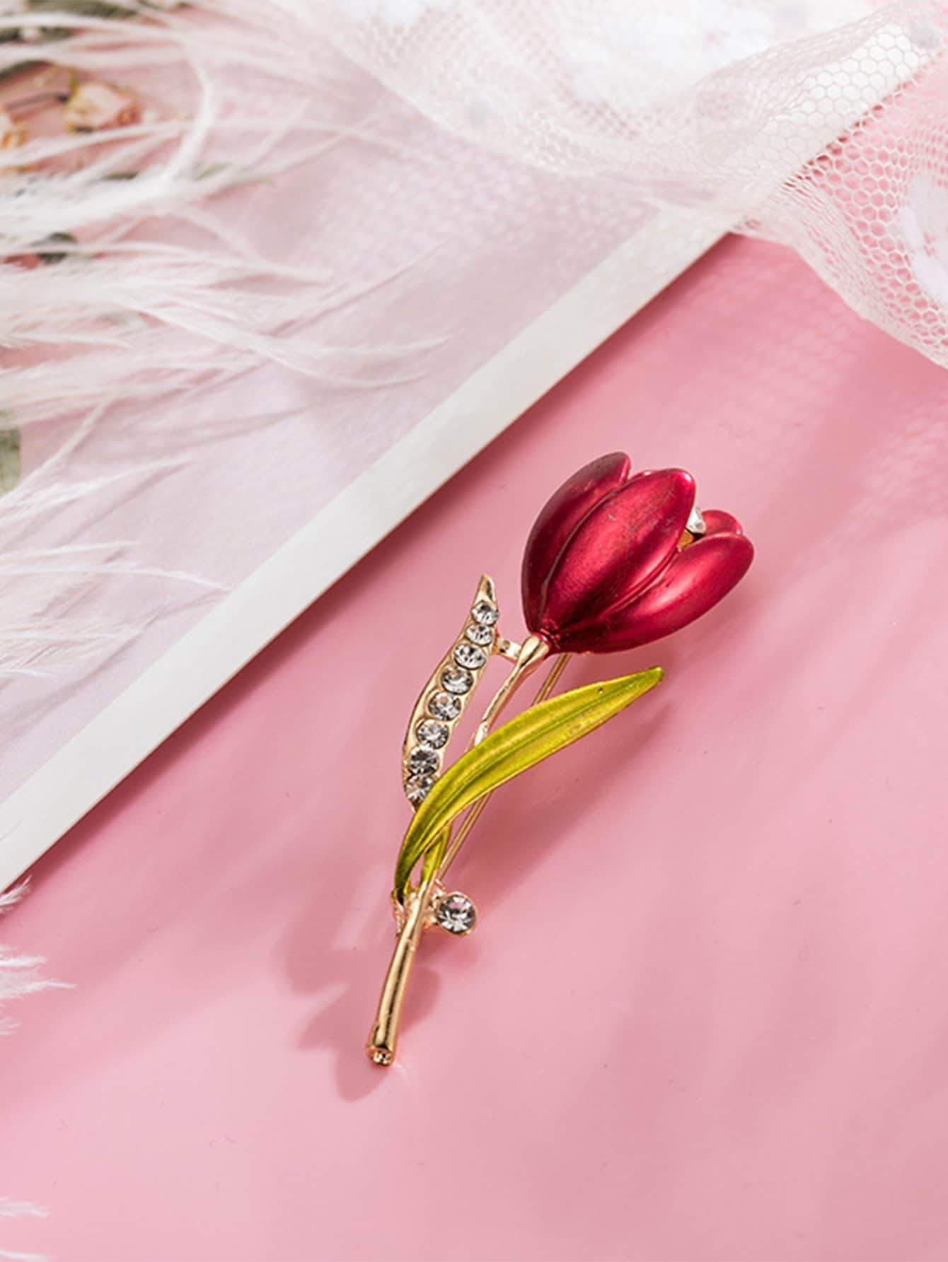 Flower Shaped Brooch With Rhinestone