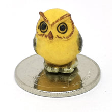 Load image into Gallery viewer, Tiny Yellow Owl