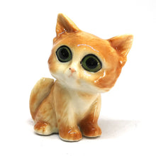 Load image into Gallery viewer, Big Eye Cat Ceramic Brown แมวตาโตสีส้ม