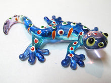 Load image into Gallery viewer, Glass Gecko Blue